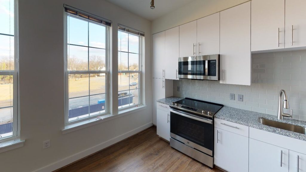 Crest-At-Skyland-Town-Center-Apartment-230-Kitchen