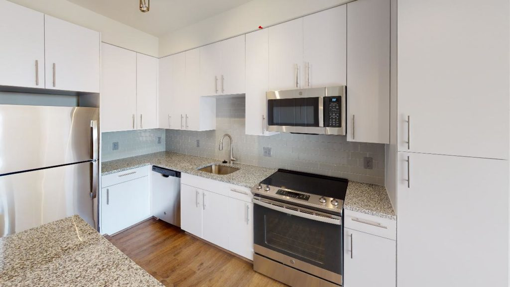Crest-At-Skyland-Town-Center-Apartment-268-Kitchen
